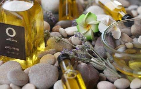 3 Ratschläge, um die Haut mit Olivenöl neu zu beleben