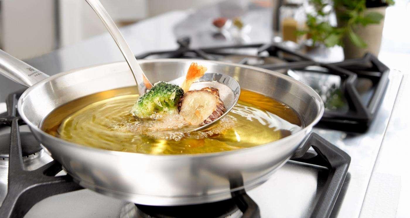 Frittierte Speisen mit Olivenöl