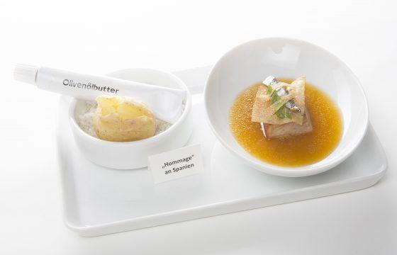 Schweinebauch und Sardine mit Pellkartoffel und Olivenölbutter