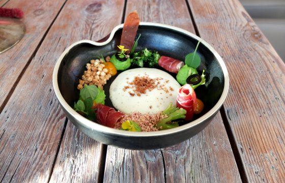 Warmer Olivenölschaum