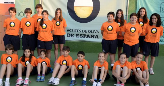 Olivenöl aus Spanien bei dem Tennisturnier der Stadt  – ITF Futures (2013)